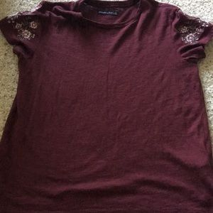 Burgundy embroidered sleeve graphic